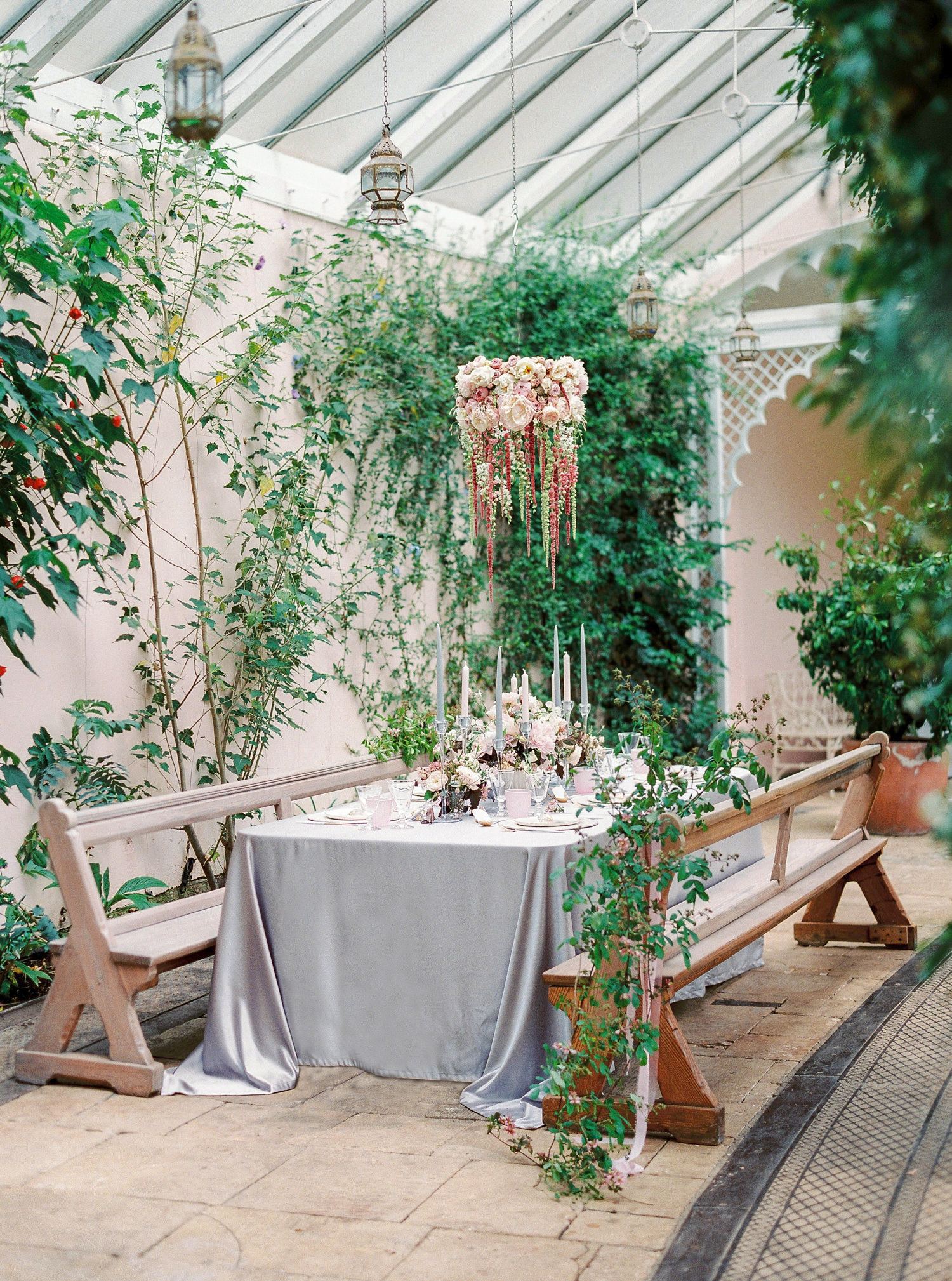Sezincote Orangery, wedding breakfast, tabelscape, floral chandelier