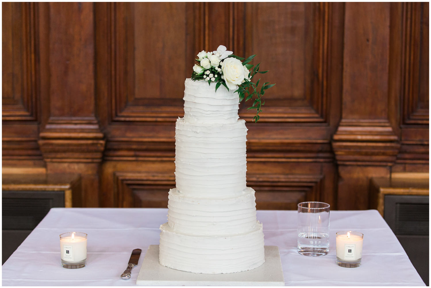 Classic wedding cake by Nadya's cakes and bakes, Lucy Davenport Photography, Classic wedding