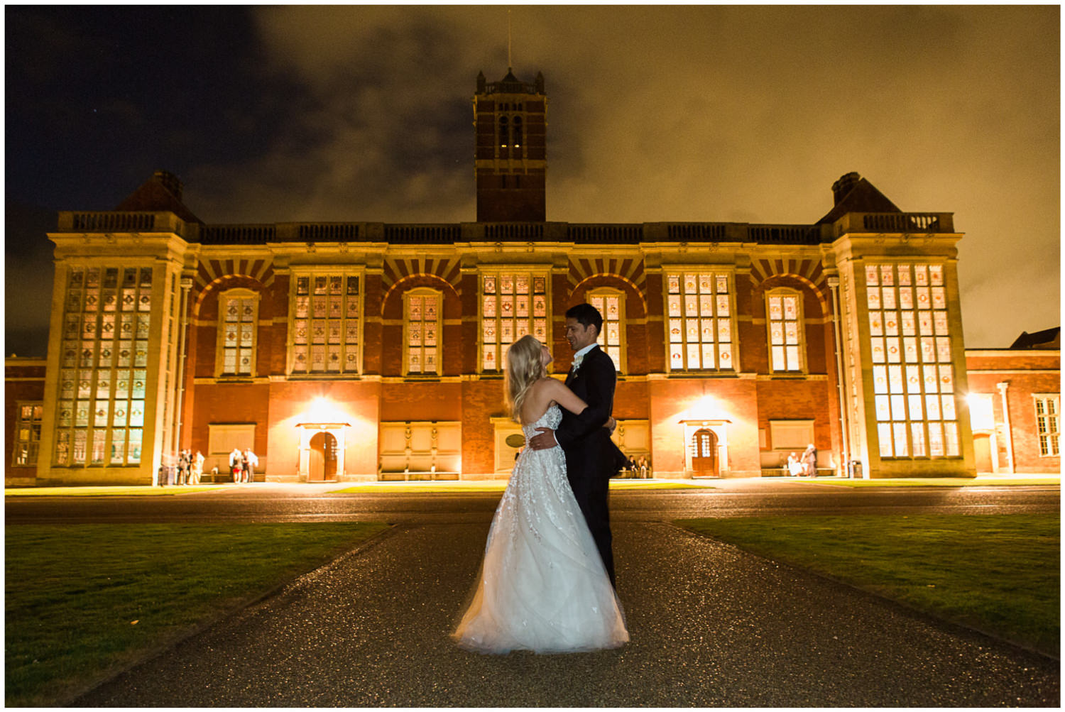 Classic wedding at Christ Hospital School, Lucy Davenport Photography, Classic wedding