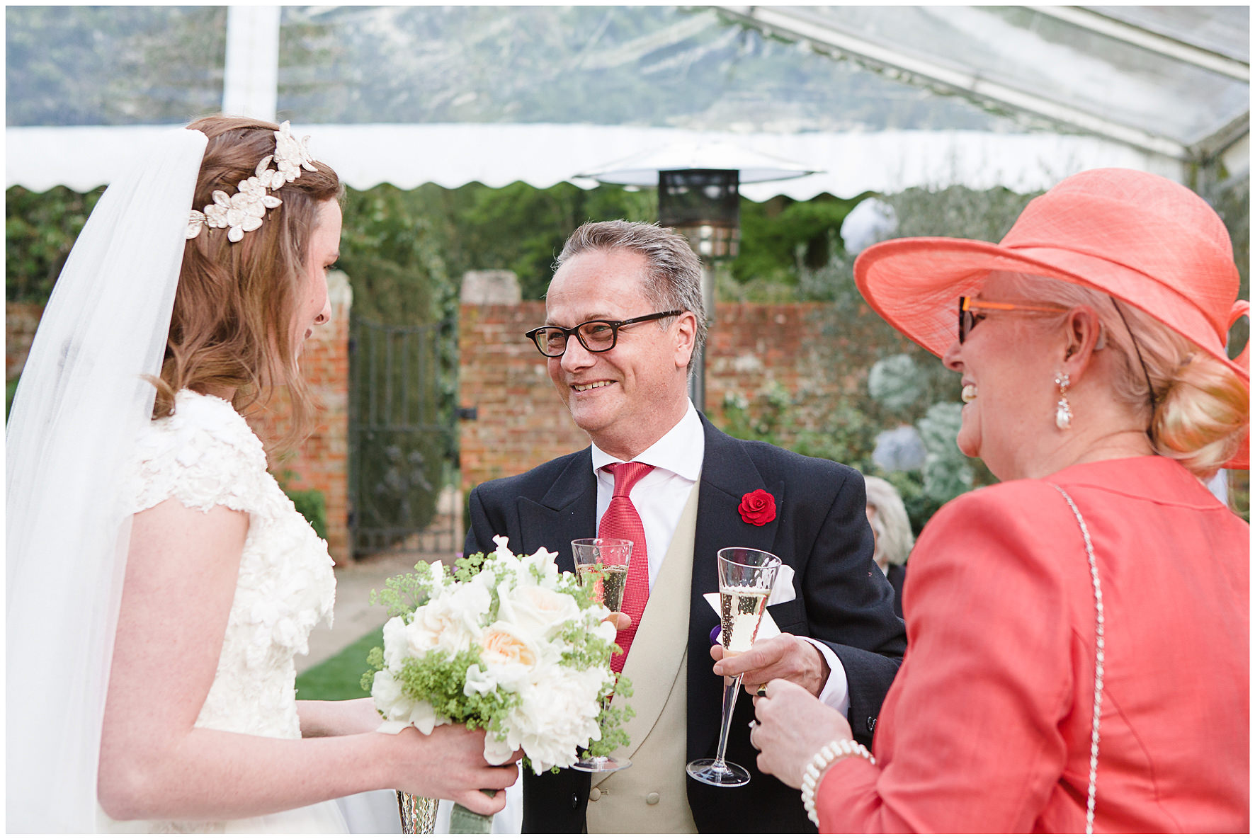 luxury wedding, berkshire, home wedding, drinks reception, Lucy Davenport Photography