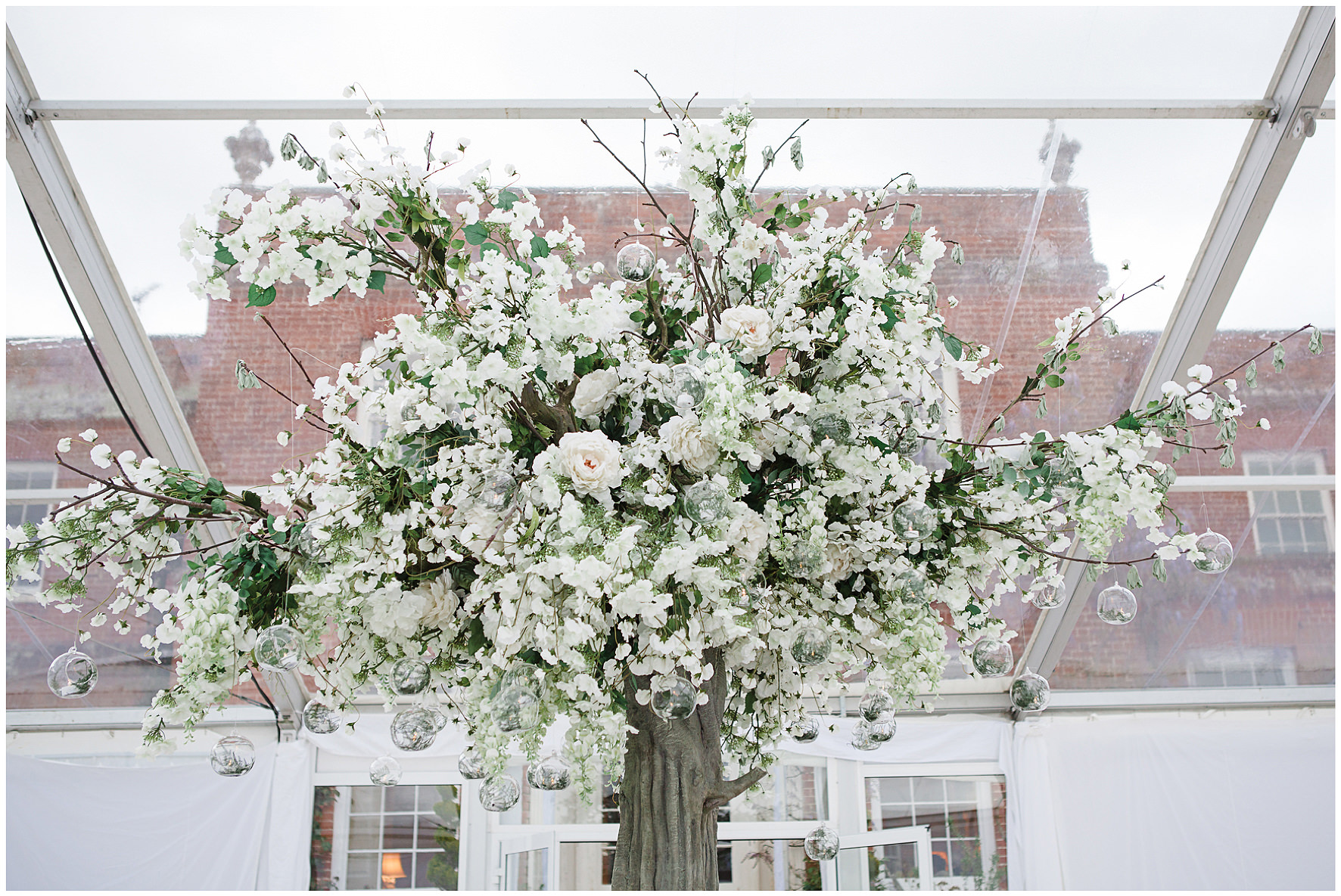 luxury wedding, berkshire, home wedding, floral details, marquee wedding, Lucy Davenport Photography