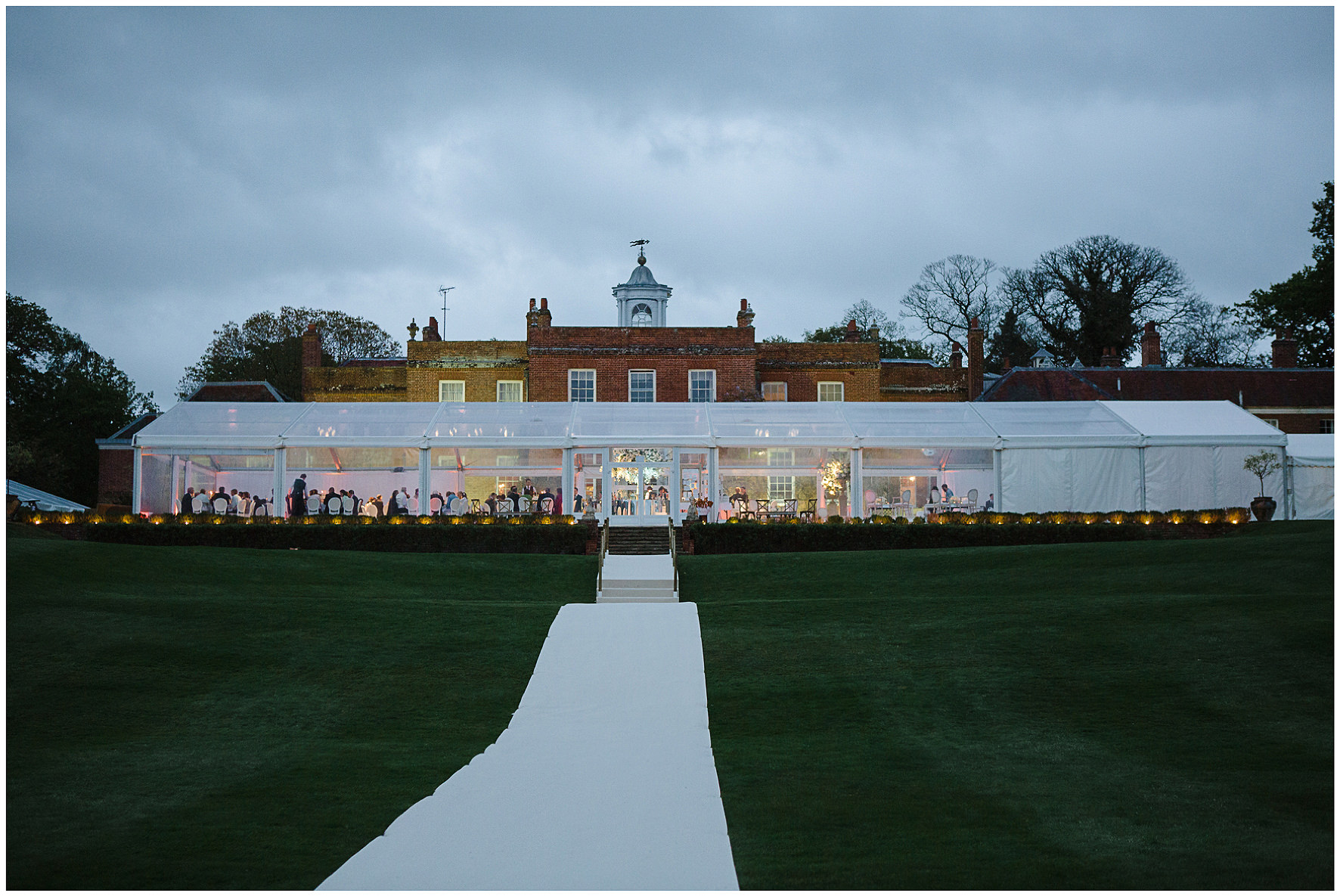 luxury wedding, berkshire, home wedding, wedding breakfast, marquee, clear marquee, Lucy Davenport Photography