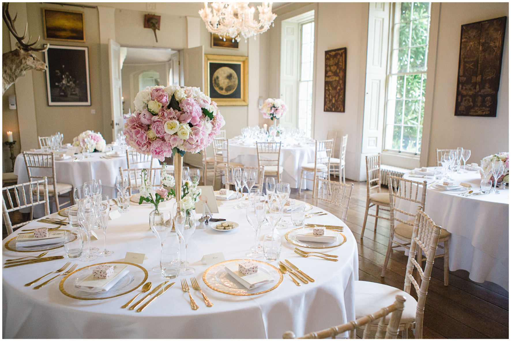Lucy Davenport Photography, Aynhoe Park, Oxfordshire, wedding venue, Rock My Wedding, wedding breakfast, blush pink and gold