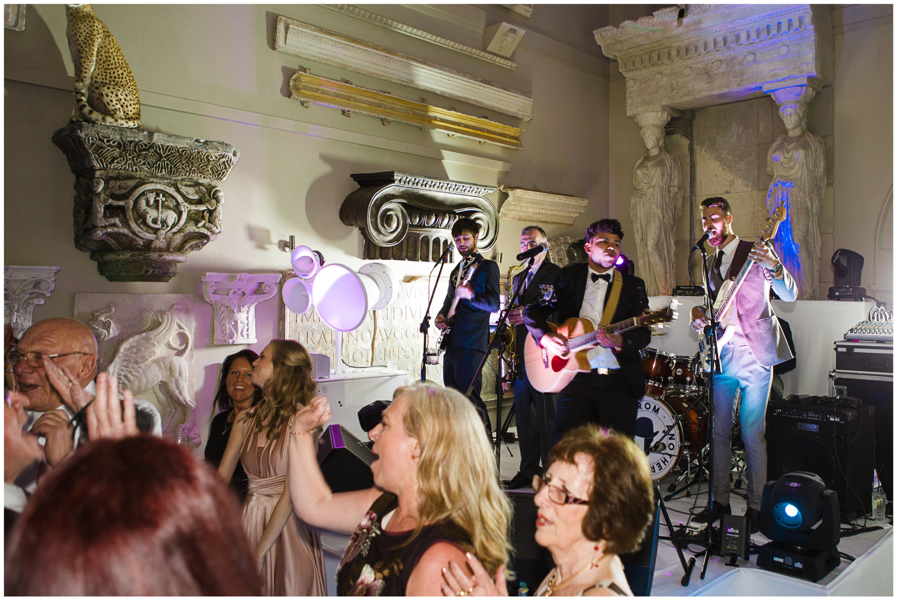 Lucy Davenport Photography, Aynhoe Park, Oxfordshire, wedding venue, Rock My Wedding, orangery, band