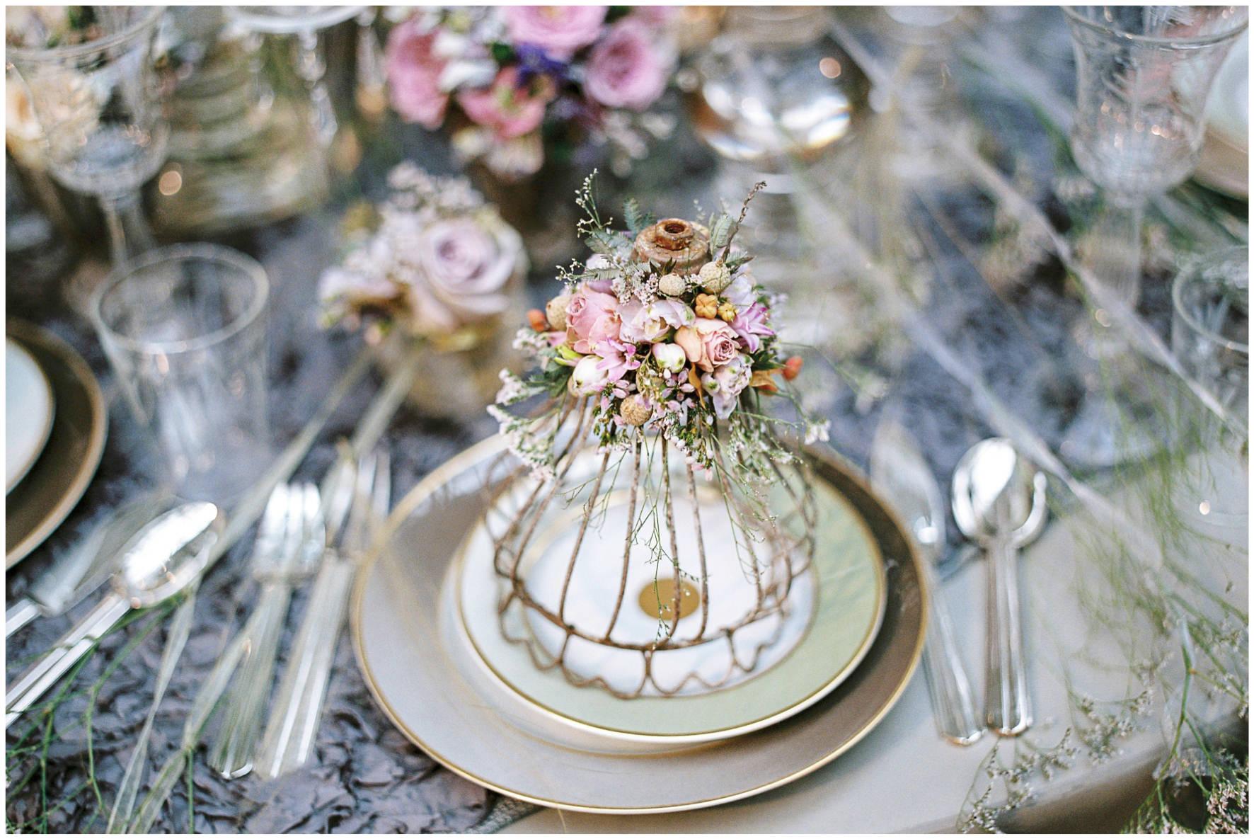 Lucy Davenport Photography, Zita Elze, floral details, Zita Elze Flowers, floral tips
