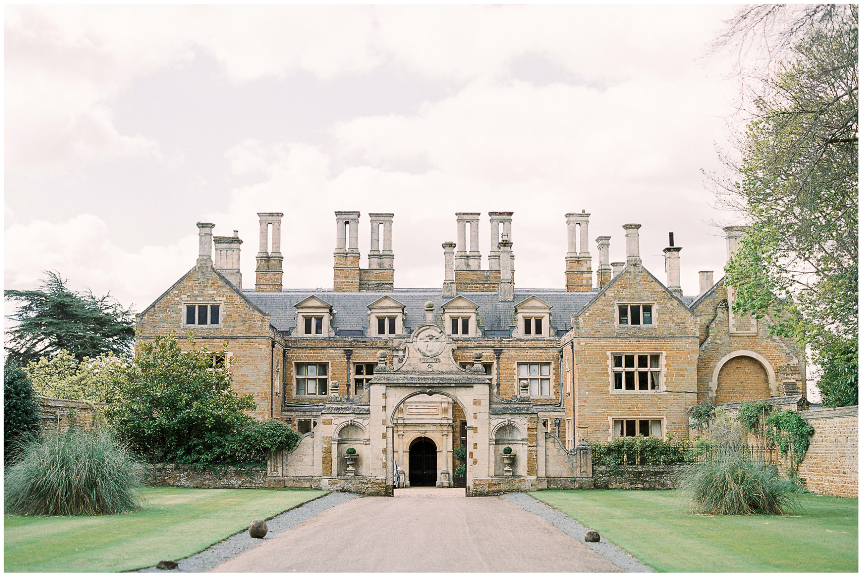 Lucy Davenport Photography, Holdenby House, wedding venue, Northamptonshire