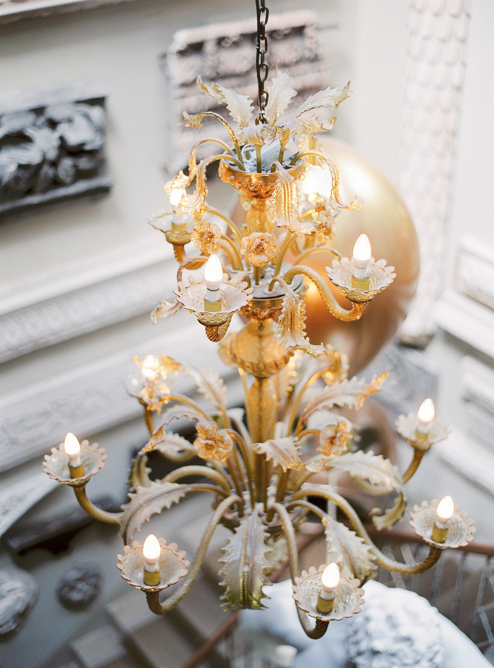 Chandelier aynhoe park staircase