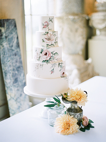 Hand painted wedding cake aynhoe park