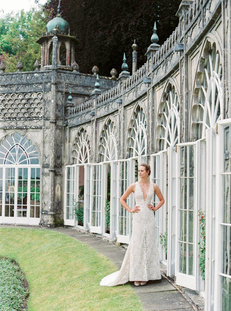Bride outside Sezincote orangery