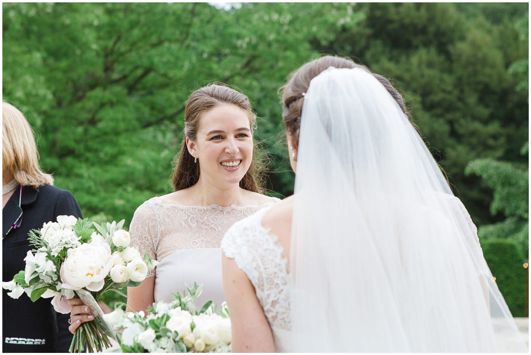 Lucy Davenport Photography, Cornwell Manor, wedding venue, Oxfordshire, Cotswold wedding, bridesmaid
