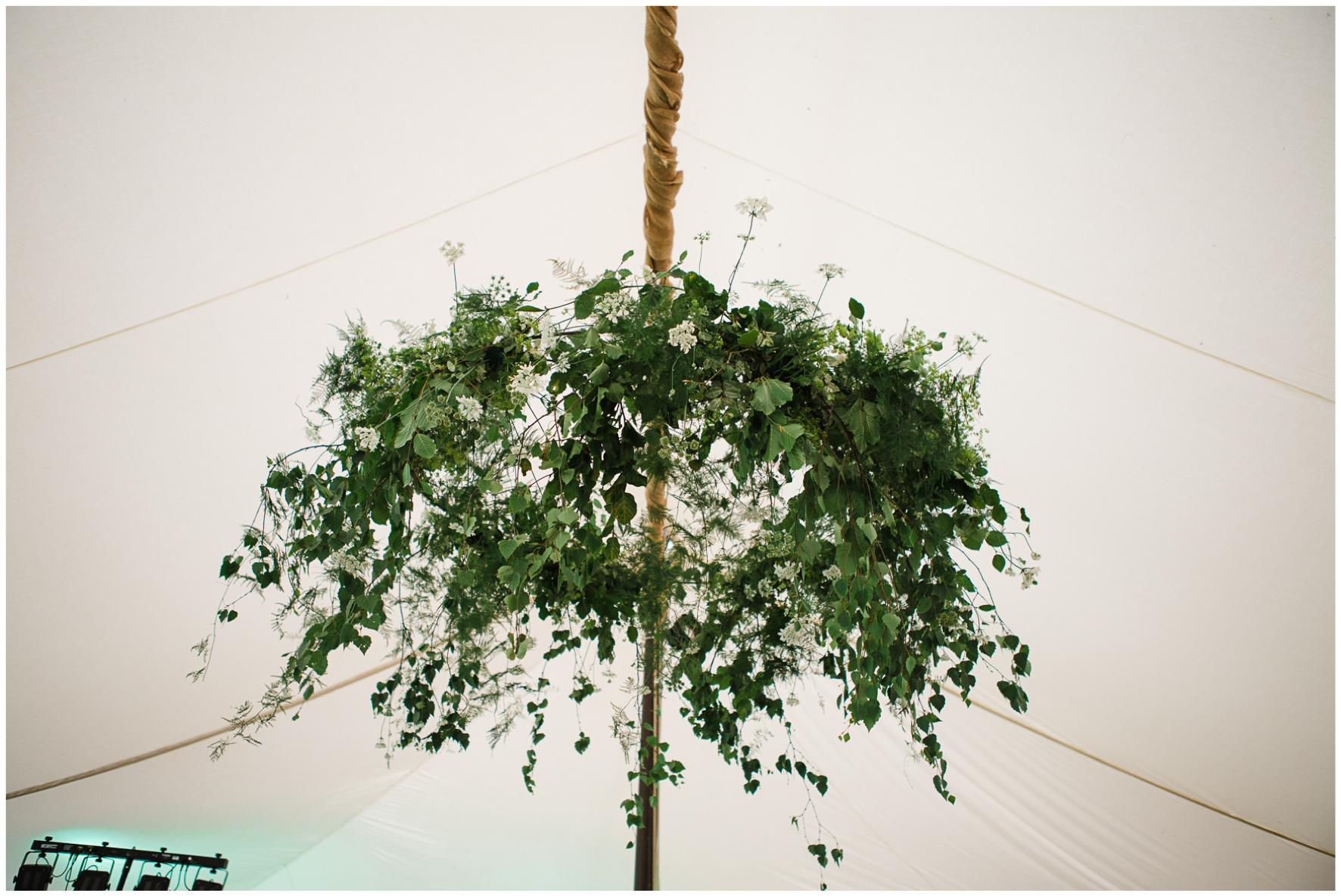 Lucy Davenport Photography, Cornwell Manor, wedding venue, Oxfordshire, Cotswold wedding, marquee, marquee wedding, wedding breakfast, suspended florals