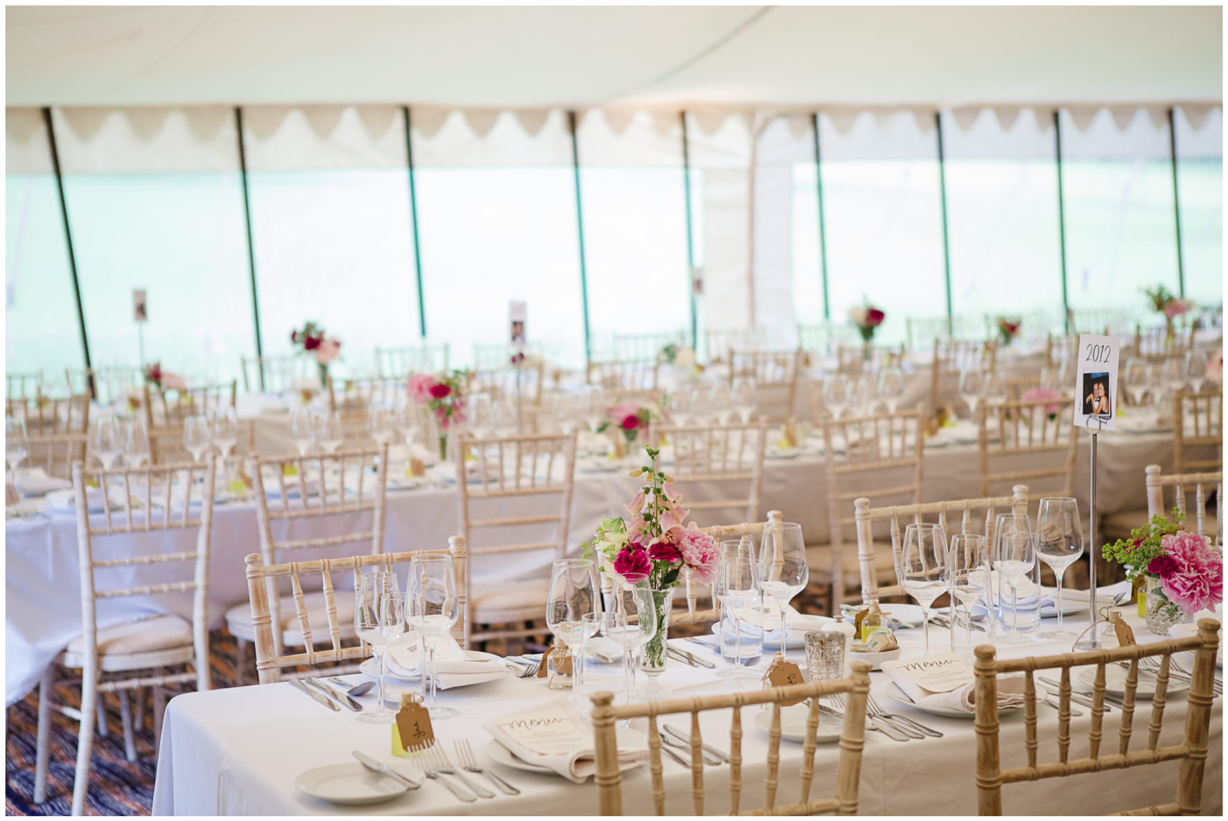 Lucy Davenport Photography, Cornwell Manor, wedding venue, Oxfordshire, Cotswold wedding, marquee, marquee wedding, wedding breakfast