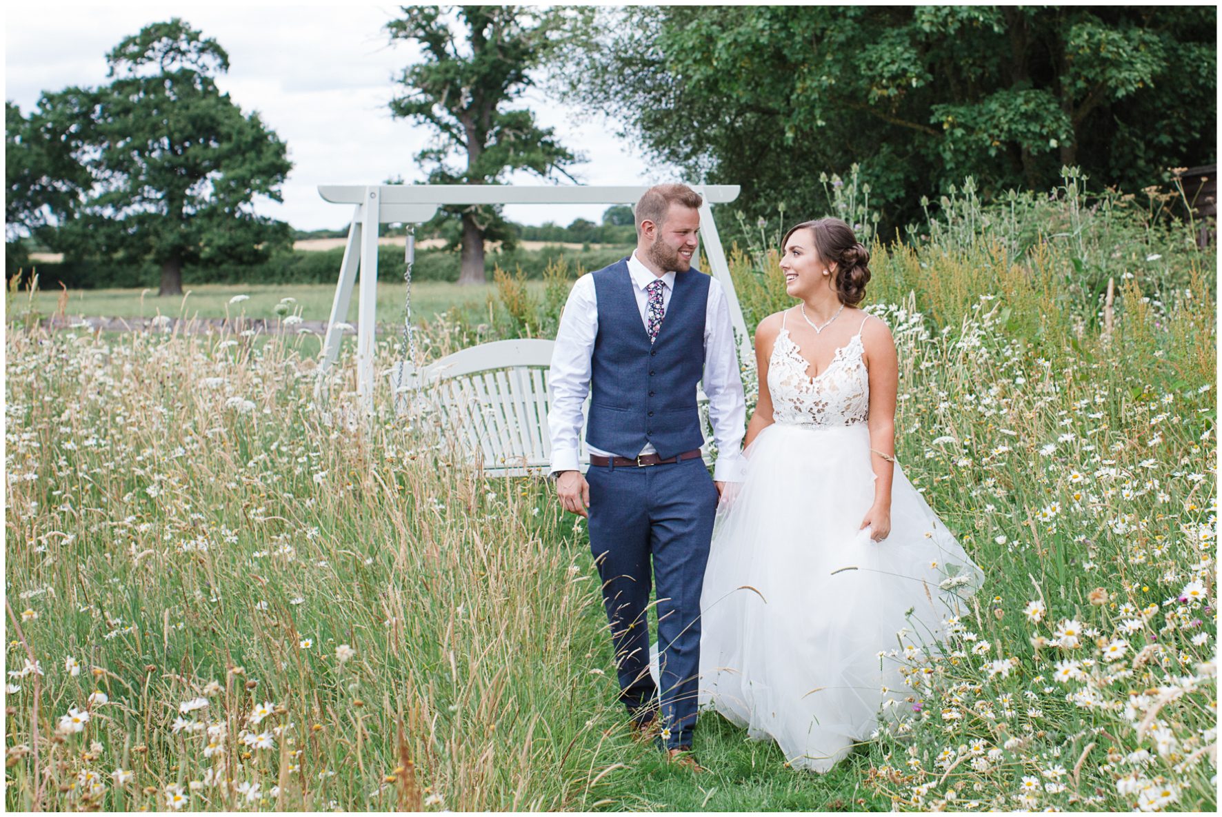 Bride and groom, Caswell House, Haylay Paige bride