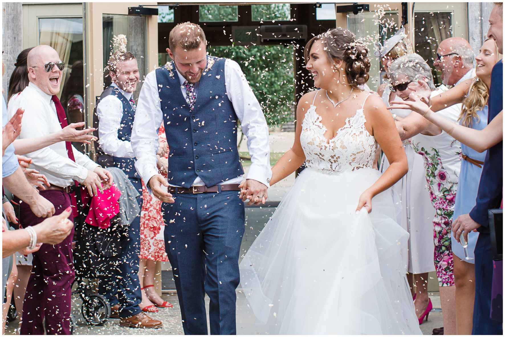 Bride and groom, Caswell House, Haylay Paige bride, confetti