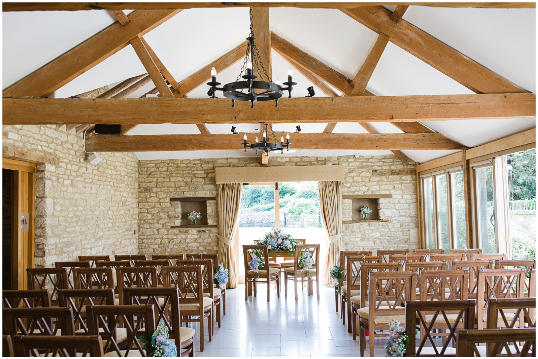Caswell House, barn wedding, wedding ceremony