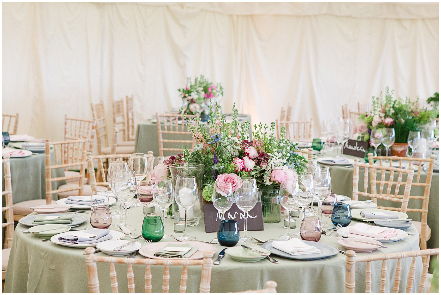 Pastel coloured tablescape