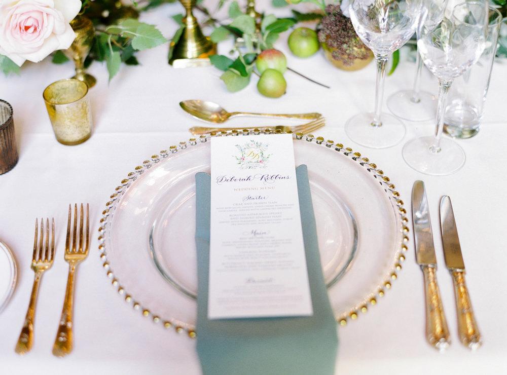 Drumtochty Castle wedding breakfast tablescape