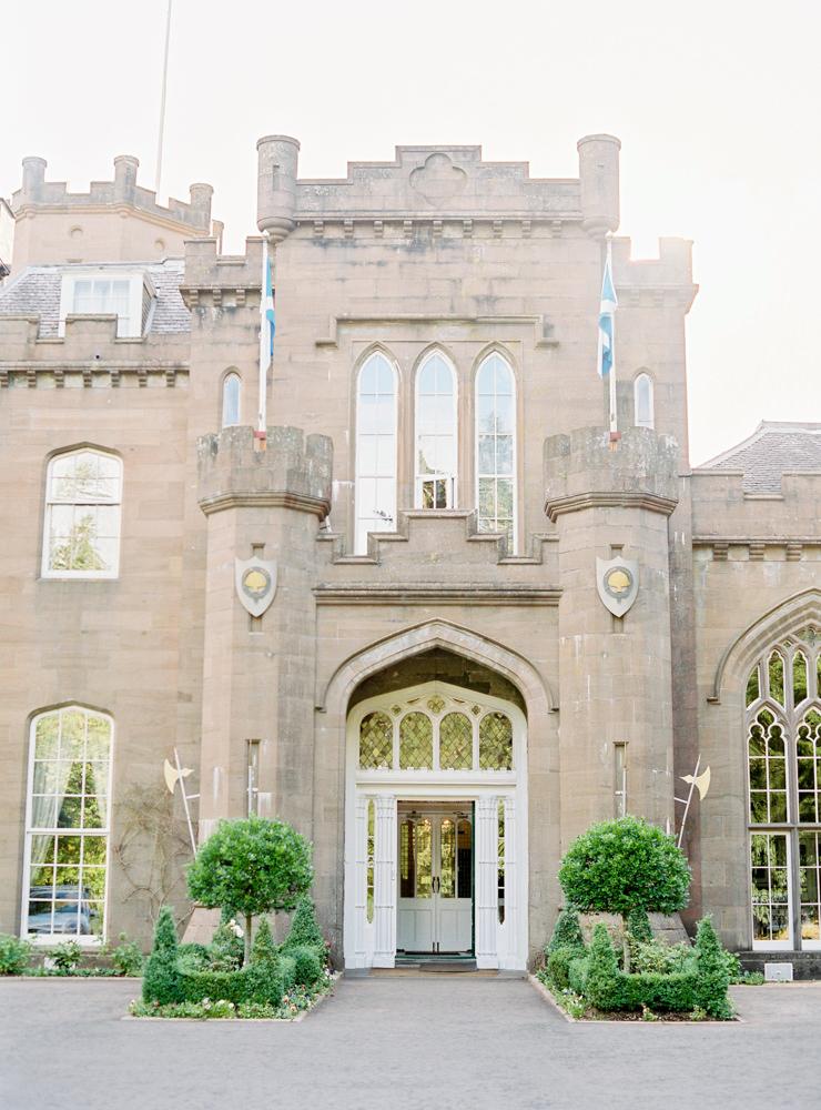 Drumtochty castle scottish wedding