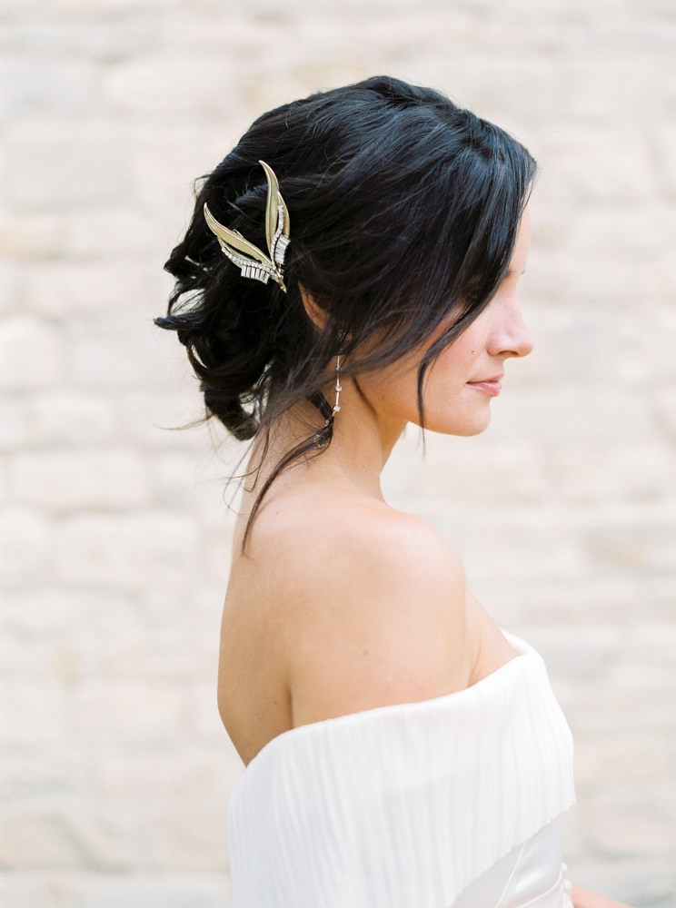Bride wearing Halfpenny London and Tilly Thomas Lux hair pin